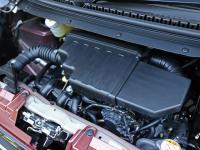2WD用で49馬力/5.7kgmの数値は不変だが、燃費値を29.2から30.0km/Lに高め、加速性能も改善。