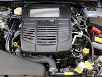 S4に搭載されるFA20DIT型はレガシィ用よりも高回転域の伸びとキレを強化。WRXにふさわしい心臓だ。