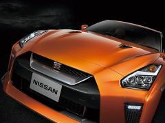 日産、「GT-R」「GT-R NISMO」の2018年モデルを発売