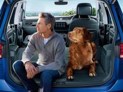 VW、「ゴルフ トゥーラン」の特別限定車を日本で発売