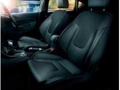 フォード フィエスタ特別仕様車「1.0 EcoBoost Leather Package」