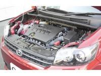 トヨタ カローラルミオン(エンジンと周辺をチェック)
