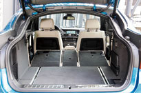 BMW X4 M40i(ラゲッジルーム)