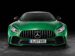 メルセデス・ベンツ、「AMG GT」の高性能モデル「AMG GT R」発売