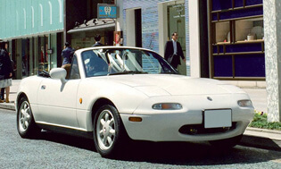 筆者が購入した実車。約100万円と相場よりだいぶ高かったが、20年落ちのモデルにもかかわらずトラブルといったトラブルは特になし。