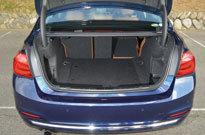 BMW 318i(トランクルーム)