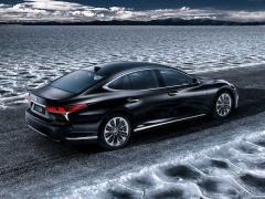 レクサス、新型「LS500h」をジュネーブモーターショーで発表