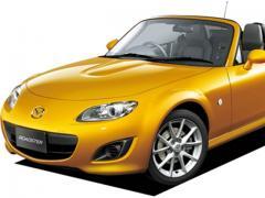 マツダロードスターの歴代モデルの人気車種と燃費・維持費をまとめてみた