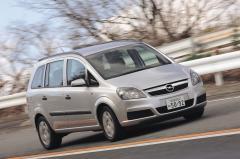 2代目オペル ザフィーラの日本車にない魅力はどこか?
