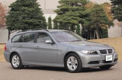 走りもスタイルもいい、BMW3シリーズに待望のワゴン登場!!