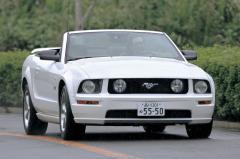 現代に蘇ったフォード初代マスタング 走りのポテンシャルは?
