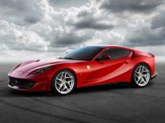フェラーリ、「812 スーパーファスト」発表