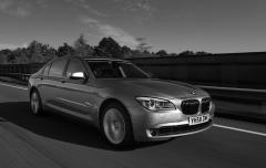 BMW7シリーズ 7年ぶりのフルモデルチェンジで5代目に進化!! 「より少ないエネルギーでより高性能を」がテーマ