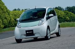 三菱i-MiEV(アイミーブ)ついに正式デビュー!! 電気自動車時代