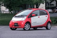 実質188万円仕様追加 巧妙航続距離2割以上アップ!! 2台のMiEVエボ 三菱i-MiEV(アイミーブ) BIGマイチェン