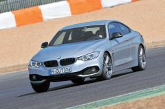 BMW 4シリーズは軽量化で現行3シリーズクーペより性能は向上!!