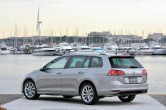 国産ライバルを凌ぐ積載性 ワゴンの黒船、VWゴルフヴァリアント来たる!