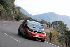 CO2フリーを目指す屋久島で一番気になるレンジエクステンダーBMW i3に乗った!
