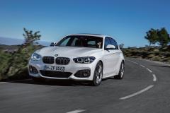 BMW1シリーズ、フェイスリフト298万円からと価格も魅力!