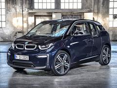 BMW、EV(電気自動車)モデルの新型「i3」を日本発売