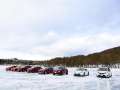 【試乗レポート】ツルツルの氷上で確かめた日産インテリジェントモビリティの実力
