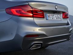 【BMW】スムーズネスにこだわるシルキー・シックス(直列6気筒エンジン)エンジンについて