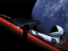 テスラ ロードスター火星へ! スターマン視点で宇宙ドライブを楽しもう