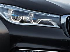 【BMW】圧倒的な照射距離を実現する画期的なライティングシステム「レーザー・ライト」