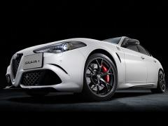アルファロメオ、「ジュリア」の限定車「クアドリフォリオ・カルボニオ」を発売
