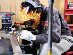 金属&溶接でDIY マフラーの穴開き補修