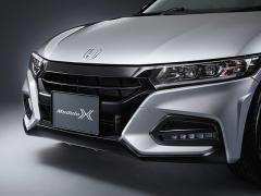 ホンダ、軽自動車のミッドシップオープンモデル「S660」をマイナーチェンジ