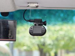 安全性向上計画Part.1(3) 走行状況を記録するドライブレコーダーを取り付ける