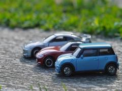 ハイブリッド車の仕組みと低燃費の理由・燃費が向上する運転のコツとは?