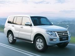 三菱、本格SUV「パジェロ」の一部仕様を変更して発売
