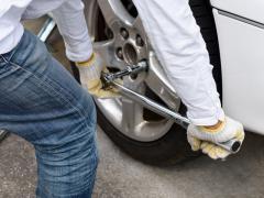 タイヤ交換時のトルクレンチの必要性とは