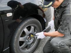 タイヤ交換時の規定トルク(締め付けトルク)とホイールナット(ボルト)の関係性