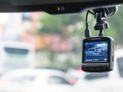ドライブレコーダーの駐車監視機能と必要性とは?