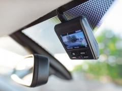 ドライブレコーダーで発生するノイズの原因と対策