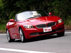 【BMW Z4】 新型登場目前! 現行型Z4が100万円台の予算で購入可能に