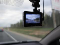 ドライブレコーダーの画質で重要な画素数・解像度とは?