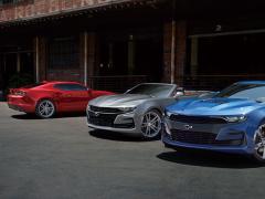 GM、シボレーのスポーツクーペ「カマロ」をフェイスリフト