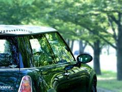 自動車関連費用で、確定申告時に経費にできるものは?