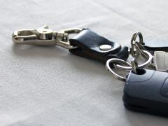 車の鍵を紛失してしまったら?困った時の対策3つで「なくした!」を防止しよう