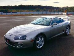 【トヨタ スープラ】90年代スポーツカーの代表選手、先代スープラはまだ買える?