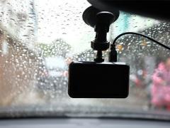 ドライブレコーダーの画面が映らない原因と対処法