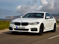 BMW、5シリーズの2.0Lクリーンディーゼルモデル「523d」に4WD車を追加