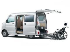 スズキ、「エブリイ 車いす移動車」「エブリイワゴン 車いす移動車」を一部改良