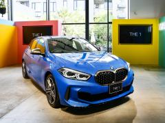 BMW 1シリーズがフルモデルチェンジ。AI技術の対話型インターフェースの採用など機能充実