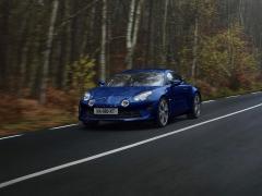 アルピーヌ、限定車「アルピーヌ A110 ブルー アビス」の購入の申し込みを開始