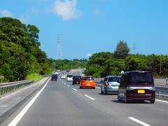 軽自動車で高速道路はきつい?快適に走るコツと高速に適した軽自動車